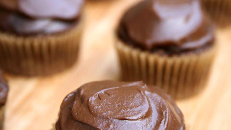 Νηστίσιμα Σοκολατένια Cupcakes!